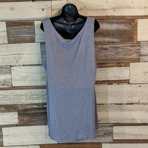 LOGO by Lori Goldstein Tops - Gray Long Waisted Sleeveless Top great 4 layering